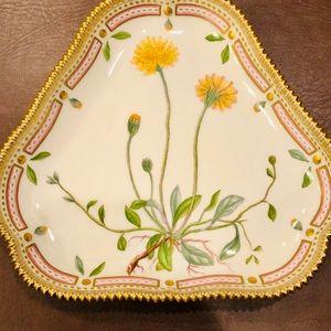Royal Copenhagen Flora Danica Triangular Plate